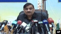 وفاقی وزیر پیٹرولیم ڈاکٹر عاصم حسین