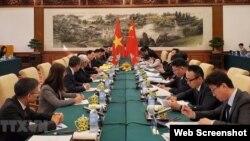 Phái đoàn Việt Nam và Trung Quốc đàm phán về vấn đề biên giới lãnh thổ. Photo TTXVN