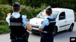 Policija i dalje traga za napadačem u Barceloni