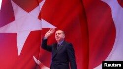 Turski predsednik Erdogan na mitingu u Istanbulu