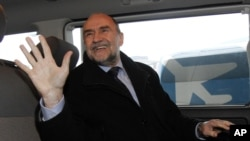 Herman Nackaerts, ketua delegasi Badan Tenaga Atom Internasional (IAEA) (Foto: dok). Utusan nuklir PBB kembali gagal mencapai kesepakatan dengan pemerintah Iran, dalam upaya penyelidikan atas tuduhan pengembangan senjata nuklir di negara tersebut (14/2).