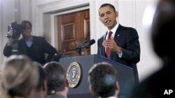 Shugaba Barack Obama yana amsa tambayoyin 'yan jarida game da zabe, laraba 3 Nuwamba 2010 a fadarsa ta White House