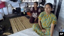 In Cambodia, an estimated 4,000 women develop the disease each year; 60 percent of them do not survive it.