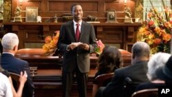 "Chris Rock stars in ""Death At a Funeral"""