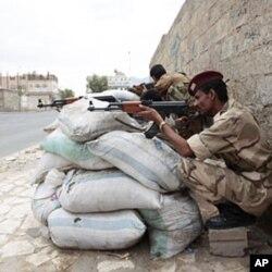 Des soldats yéménites à Sanaa
