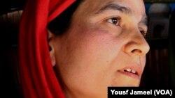 عسکریت پسندوں میں شامل ہونے والے کشمیری نوجوان فہد کی والدہ۔