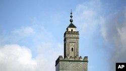 مناره مسجد پاریس