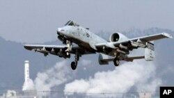 美國A-10型戰機