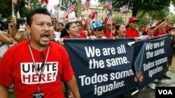 La comunidad hispana está menos integrada que el resto de las minorías.