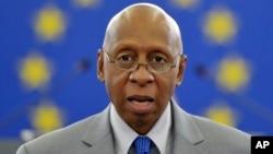 Guillermo Fariñas recibió el premio Sajarov a la libertad de conciencia, otorgado en 2010 por el parlamento europeo.