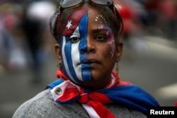 Küba'daki gösteriler ABD'de yaşayan sürgündeki Kübalılar'ın da sokaklara dökülmesine yol açtı.