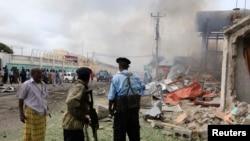 12일 소말리아 모가디슈에서 발생한 자살 폭탄 테러 현장.
