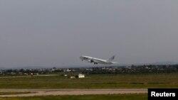 پرواز هواپیما درفرودگاه طرابلس، ۲۱ مارس ۲۰۱۴