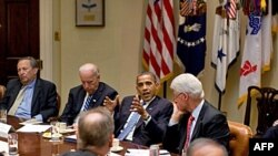 Obama'nın Güven Kaybetmesi Kasım Seçimlerini Nasıl Etkiler?