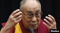 西藏精神领袖达赖喇嘛2012年在日本上院发表演讲