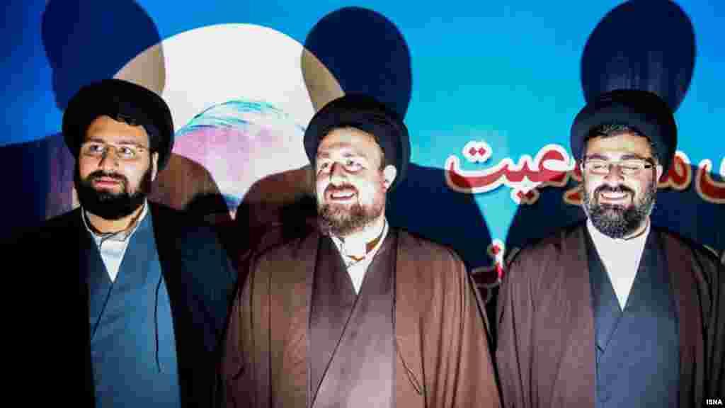 در دومین روز ثبت نام نامزدهای داوطلبی انتخابات مجلس خبرگان، حسن خمینی، نوه روح الله خمینی ثبت نام کرد. درباره نامزدی او چه فکر می کنید؟