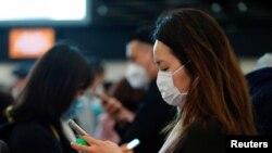 چین کے محکمہ صحت نے شہریوں کو سفر کے دوران ماسک کا استعمال کرنے کی ہدایت کی ہے۔
