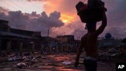 En Filipinas continúan las labores de ayuda luego de que Haiyan, un huracán cinco veces más potente que Katrina, destruyera el país.