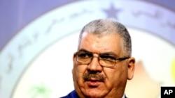 Khaled al-Obeidi seorang anggota parlemen Sunni dari kota Mosul terpilih sebagai menteri pertahanan yang baru.
