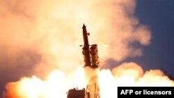 Triều Tiên phóng thử nghiệm tên lửa