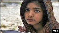 Pengadilan Pakistan membebaskan remaja puteri Rimsha Masih dari tuduhan penghinaan agama hari Selasa (20/11).