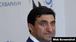 İş adamı Qod Nisanov