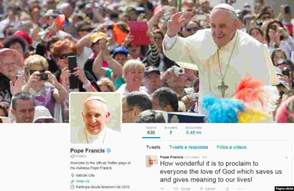 O Papa usa o Twitter diariamente para falar com o seus fiéis mais adictos