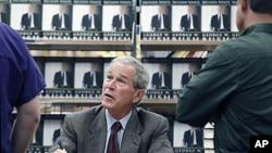 George W. Bush Lança Livro de Memórias