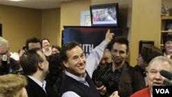 Bivši senator iz Pensilvanije, Rick Santorum, se penje na ljestvici popularnosti