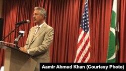 میئر کراچی وسیم اختر ہیوسٹن میں، ہیوسٹن کراچی سسٹر سٹی آرگنائزیشن کی تقریب میں تقریر کر رہے ہیں۔ 17 جولائی 2019