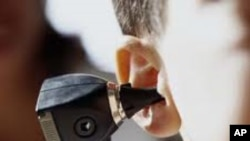 นักวิจัยในสหรัฐมุ่งหาทางบำบัดอาการหูหนวกแทนการผ่าตัดฝังประสาทหูเทียม