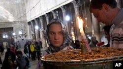 В этом году на Рождество Вифлеем посетили 75 тысяч паломников. Это на 25% меньше, чем в прошлом году