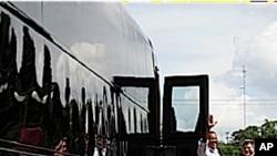سفر بارک اوباما ذریعه بس برای تشریح ستراتژی اقتصادی و طرح ایجاد مشاغل
