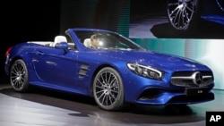 LA Auto Show Mercedes Benz