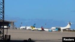 Une vue de l'aéroport Mitiga, à Tripoli, en Libye, le 8 avril 2019. REUTERS/Hani Amara -