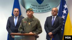 Ministar sigurnosti BiH Dragan Mektić, komandant EUFOR-a general-major Anton Waldner i Sead Jusić, zamjenik ministrice odbrane BiH