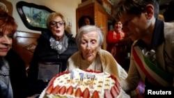 世界上年齡最大的人渡過117歲生日