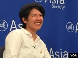 李婷婷现身纽约一项女权主义讨论会 (美国之音方冰拍摄)