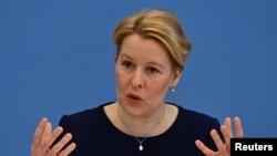 İstifa eden Almanya Aile Bakanı Franziska Giffey