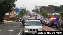 Law enforcement responds to reports of an active shooter at the US Navy Yard in Washington July 2, 2015