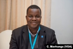 Dewa Mavhinga, the southern Africa director at Human Rights Watch, says the Zimbabwe army should stay in barracks since the county is not in a state of emergency.