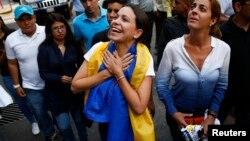 Según Machado, se habla de uso de armas largas, piedras y gas lacrimógeno contra la población civil en la ciudad de San Cristobal.
