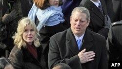 Ish Nënpresidenti Al Gore dhe gruaja Tipper njoftojnë se do të ndahen