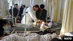 افغان اسپتال میں زیر علاج زخمی (فائل فوٹو)