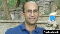 Mantan wartawan lepas (freelance) Iran yang dipenjarakan, Siamak Ghaderi mendapat penghargaan dari CPJ (foto: dok).