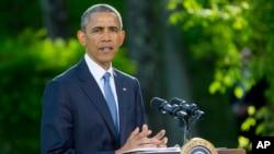 El presidente Obama agradeció a los policías por su labor diaria en el país