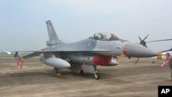 台湾的F-16战斗机(资料照片)