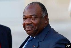 竞选连任成功的现任加蓬总统阿里·邦戈