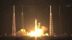 Капсула SpaceX летит к МКС