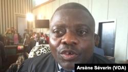 Eric Yvon Ibouanga, avocat du général Mokoko, à Brazzaville, le 7 mai 2018. (VOA/Arsène Séverin)